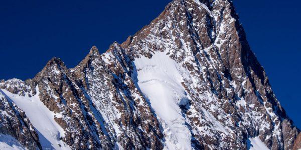 Szwajcaria: wejście na Finsteraarhorn – najwyższy szczyt Alp Berneńskich