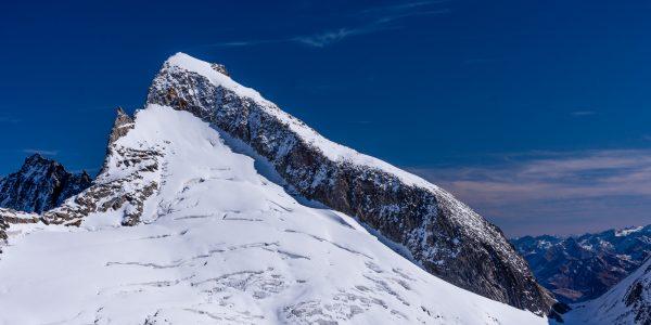 Szwajcaria: Alpy Berneńskie – droga na Finsteraarhorn